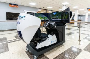 Simulador de coche SIMESCAR SILVER