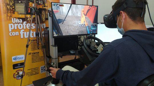 Simulador de maquinaria de minería para entrenar con realidad virtual