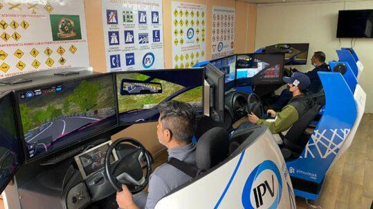 Simescar en escuela de conductores Chile